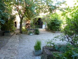 Maison vigneronne avec un magnifique extérieur spacieux et aménagé